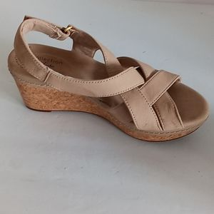 Clarks wedge heel ankle straps sandals 7 1/2 M